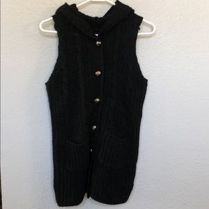 Sweater vest with hood